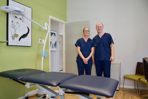 Dr Beatty & Assistant Greenslopes